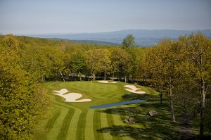 Eight Golf Courses to Take In Fall Foliage