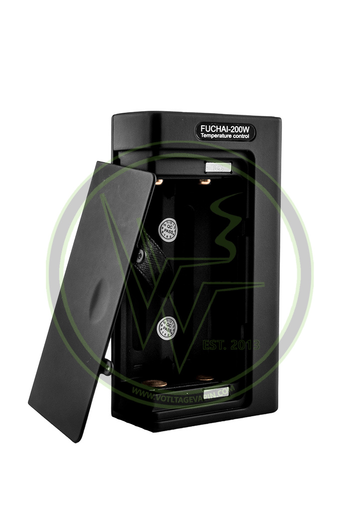 The Sigelei 200w TC Box Mod, Steam Crave Aromamizer RTA, and uWell Crown Sub-Ohm Tank are now in stock here at Voltage Vapin'!