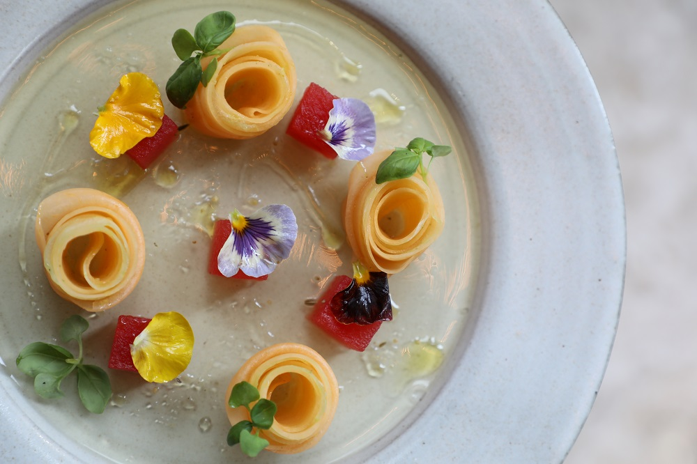 2941 Restaurant Summer Melon Petals