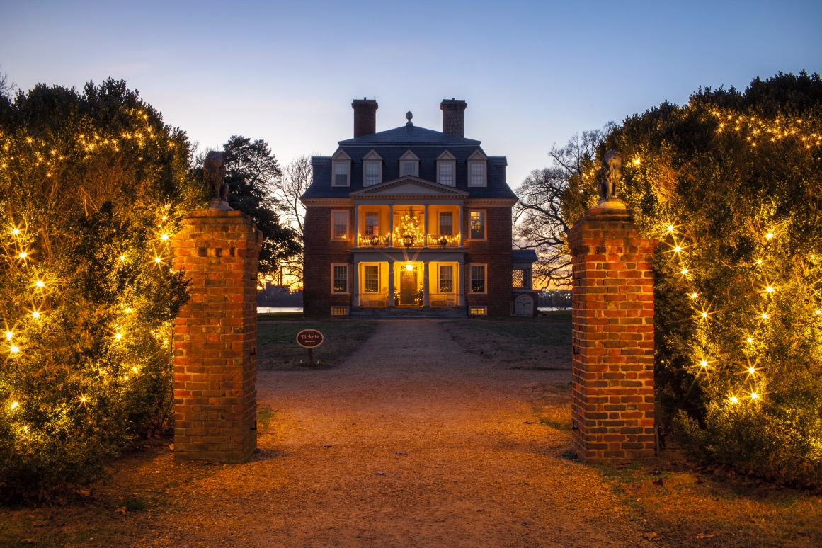 Holidays at Shirley Plantation