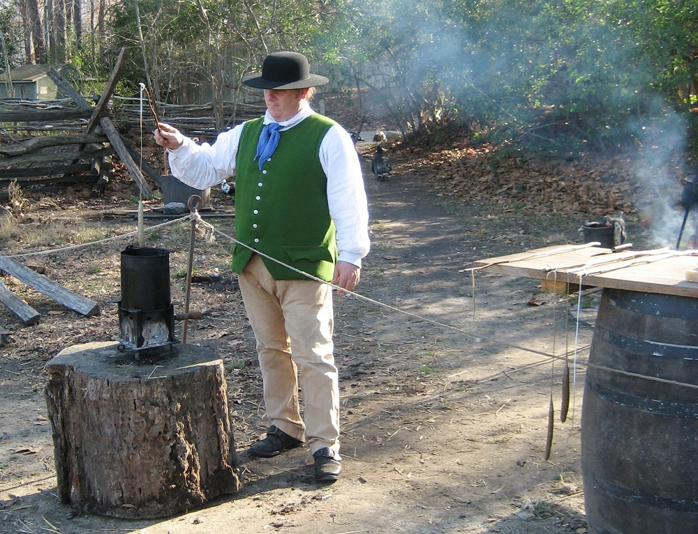 holiday candle dipping at jamestown settlement