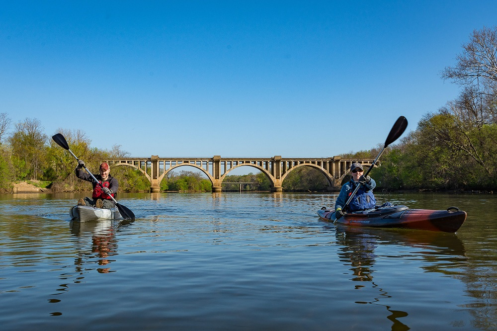 river rock outfitters kayaking in fredericksburg