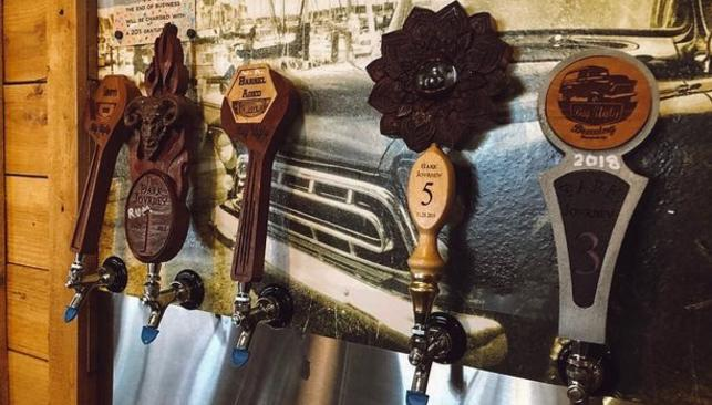 Taps at Big Ugly Brewing @steele_woodworks