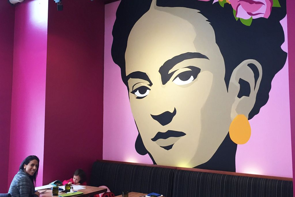 Read more about the article Let's Support Virginia's Latino-Owned Restaurants During Hispanic Heritage Month (And All Year Round)