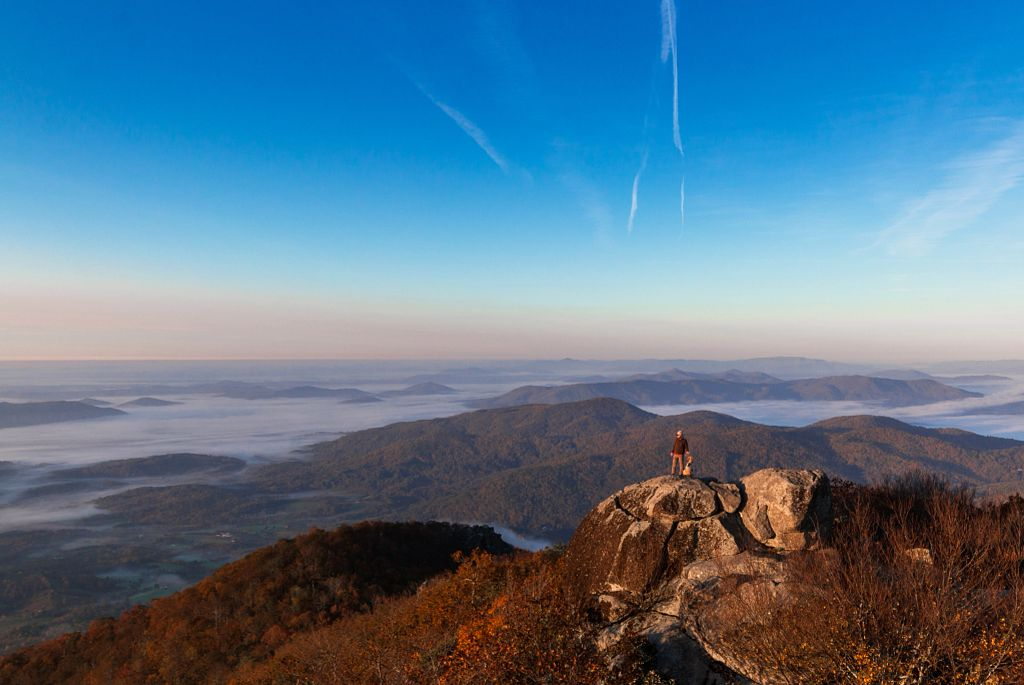 Read more about the article 10 Spectacular Places to See Fall Foliage in Virginia That Aren't Shenandoah National Park