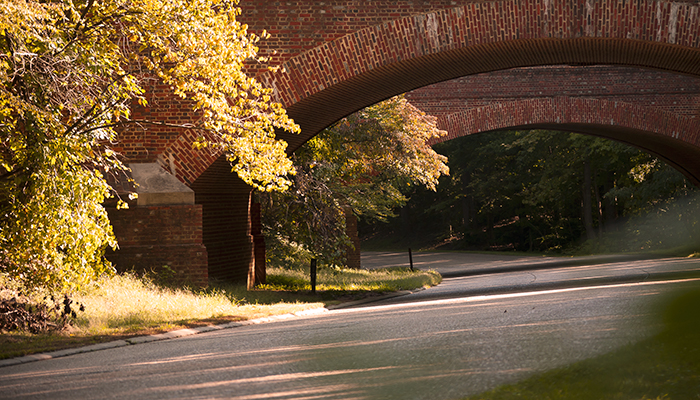 Colonial Parkway