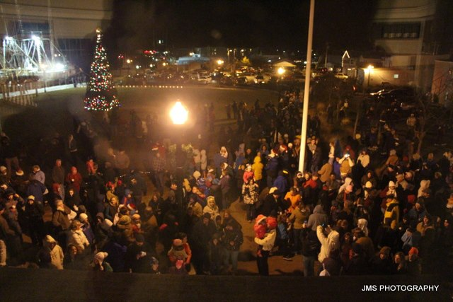 Annual Holiday Tree Lighting Ceremony, Chincoteague Island. Photo by JMS Photography.